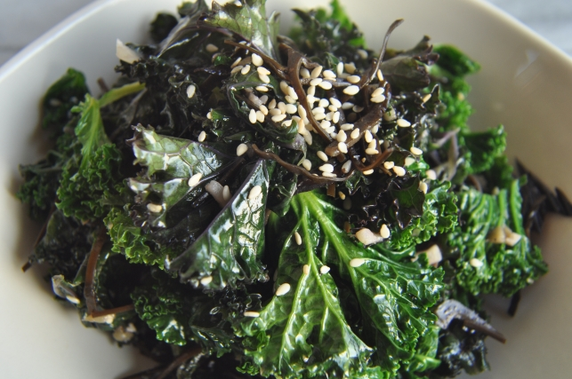 kale with seaweed and sesame | fancyfoodfancy