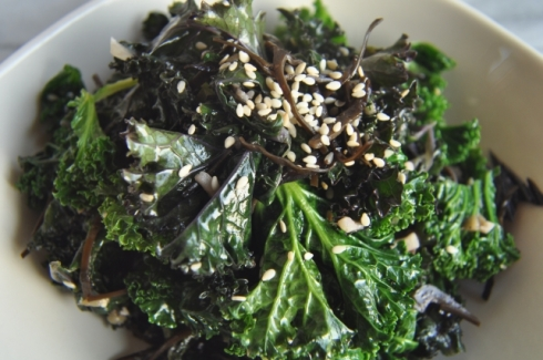 kale with seaweed and sesame
