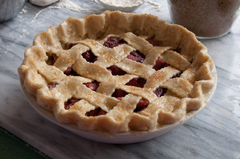 strawberry.rhubarb.pie-4-2